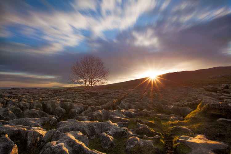 Create Spectacular Sunset With Exposure Blending | Fotographee