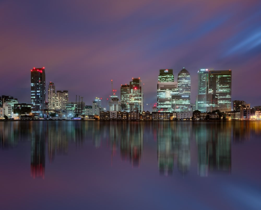 long exposure effect london canary wharf