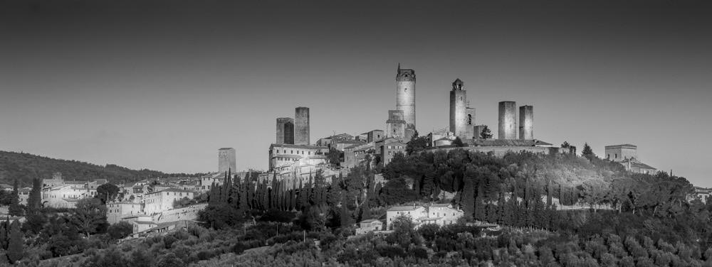 san gimignano black and white